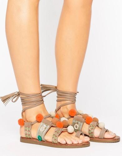 Сандалии с завязками и помпонами Glamorous - Бежевый