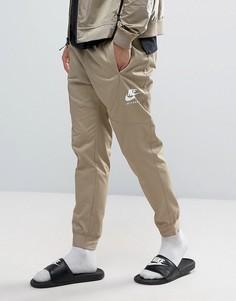 Бежевые джоггеры Nike International 880539-235 - Бежевый