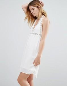 Платье с отделкой кроше Native Youth - Белый