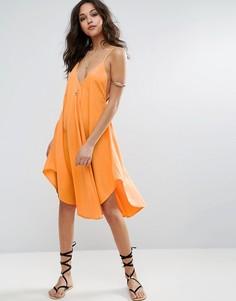 Пляжное платье на бретельках с асимметричным подолом ASOS - Оранжевый