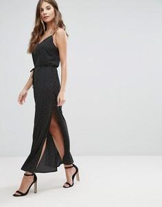 Платье-комбинация макси в горошек с разрезами по бокам и поясом Goldie Long Island Square - Черный