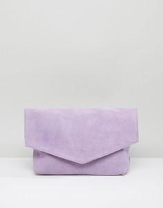 Замшевый клатч с треугольной отделкой ASOS - Фиолетовый