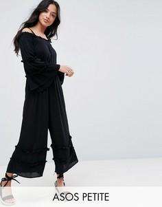 Комбинезон из жатой ткани с открытыми плечами и оборками ASOS PETITE - Черный