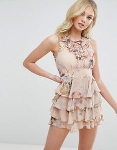 Платье на шнуровке с рюшами и цветочным принтом Missguided - Розовый