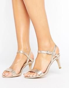 Босоножки на среднем каблуке с эффектом металлик New Look - Золотой