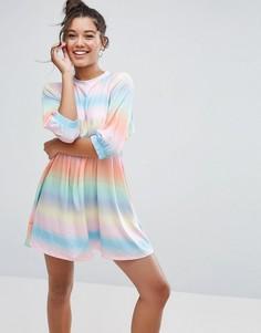 Свободное платье с принтом тай-дай в полоску и эластичными манжетами ASOS - Мульти