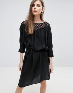 Платье с поясом Y.A.S - Черный