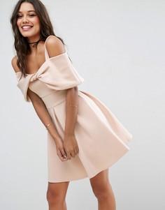 Короткое расклешенное платье с бантом ASOS - Розовый