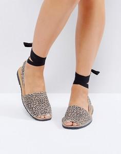 Замшевые сандалии с леопардовым принтом и лентами вокруг щиколотки Park Lane - Мульти