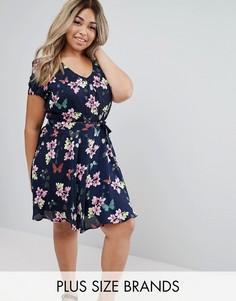 Короткое приталенное платье с бабочками Yumi Plus - Синий