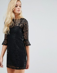 Кружевное платье с рукавами клеш Lipsy - Черный