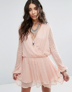 Платье мини с запахом Free People Daliah - Розовый