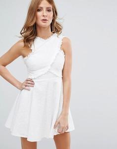 Белое платье с вышивкой ришелье Millie Mackintosh - Белый