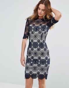 Темно-синее платье с кружевом кроше и контрастной подкладкой Paper Dolls - Черный