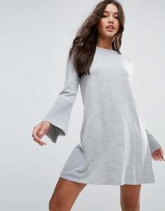 Вязаное платье c рукавом-клеш ASOS - Серый