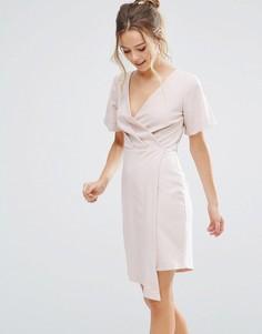 Платье с запахом и V-образным вырезом Closet London - Бежевый