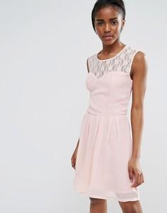 Короткое приталенное платье с решетчатой отделкой Pussycat London - Розовый