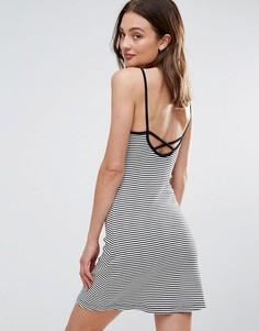 Платье в полоску с перекрестными бретельками на спине Brave Soul - Черный