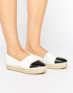 Эспадрильи с декоративной отделкой носка Juicy Couture Chichi - Белый