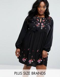 Свободное платье с вышивкой Boohoo Plus - Черный