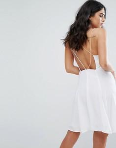 Платье с перекрестными бретелями на спине Little White Lies Odette - Белый