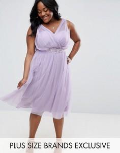 Короткое приталенное платье с юбкой из тюля и цветочной отделкой на талии Little Mistress Plus - Фиолетовый