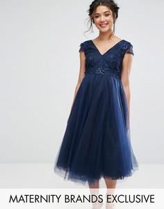 Платье с цветочной аппликацией на лифе и юбкой из тюля Chi Chi London Maternity - Темно-синий
