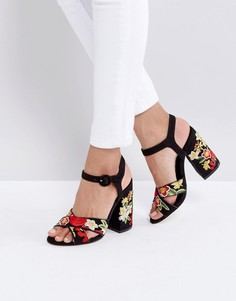 Босоножки на каблуке с вышивкой New Look - Черный