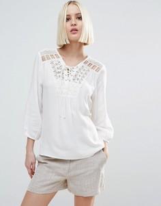 Блузка на шнуровке спереди Vero Moda - Белый