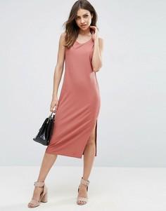 Платье-майка миди в рубчик с углубленной проймой ASOS - Розовый