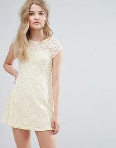 Кружевное короткое приталенное платье Pussycat London - Кремовый