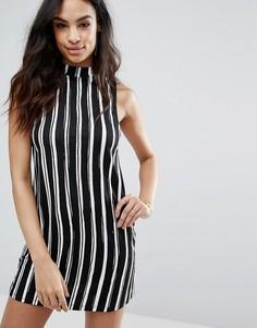 Цельнокройное платье в полоску Motel Market - Черный
