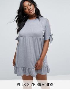Платье с открытыми плечами и завязками на рукавах Boohoo Plus - Серый