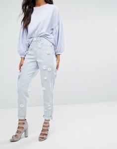 Джинсы в винтажном стиле с цветочной отделкой Lost Ink - Синий