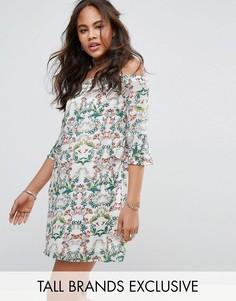 Короткое приталенное платье с принтом и рукавами клеш Glamorous Tall - Мульти