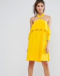 Мягкое платье мини с люверсами и халтером ASOS - Желтый