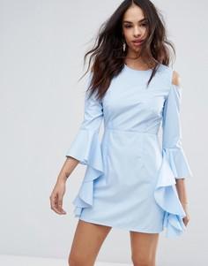 Платье с вырезами на плечах и оборками на рукавах Missguided - Синий