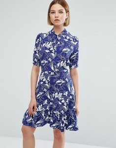 Короткое приталенное платье с принтом и рукавами 3/4 Closet London - Мульти