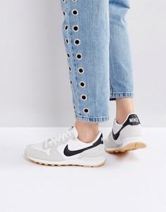 Белые кроссовки Nike Internationalist - Белый