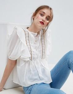 Блузка с рюшами, люверсами и кружевной вставкой ASOS - Кремовый
