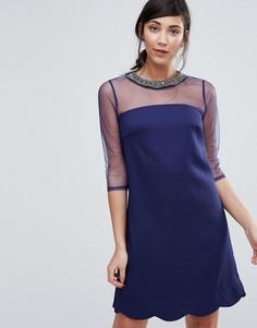 Цельнокройное платье с сетчатыми рукавами и декорированной горловиной Little Mistress - Темно-синий