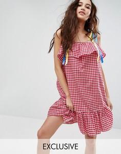 Платье в клетку с лентами-завязками Reclaimed Vintage Inspired - Красный
