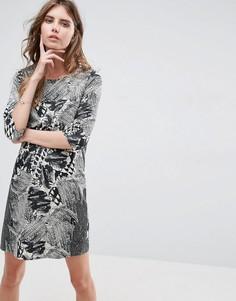 Цельнокройное платье с цветочным принтом Vero Moda - Мульти