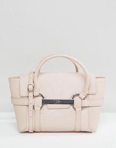 Миниатюрная сумка-тоут бледно-розового цвета с металлической планкой Fiorelli Barbican - Розовый