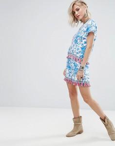 Комбинируемые шорты с цветочным принтом и кисточками Glamorous - Синий