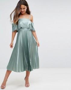 Атласное плиссированное платье миди с укороченным топом и кружевной отделкой ASOS - Зеленый