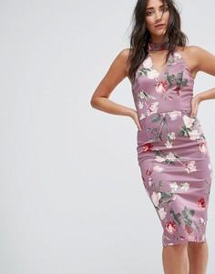 Платье-футляр с высоким воротом и цветочным принтом Girls On Film - Розовый