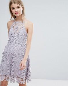 Приталенное ажурное платье New Look - Серый