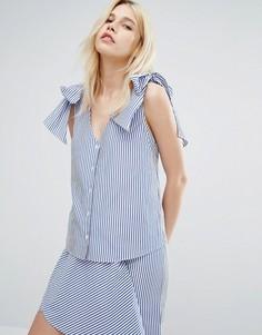 Блузка в тонкую полоску с V-образным вырезом и завязками на плечах J.O.A - Синий J.O.A.