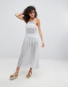 Сетчатое платье макси цвета металлик на бретельках Monki - Серебряный